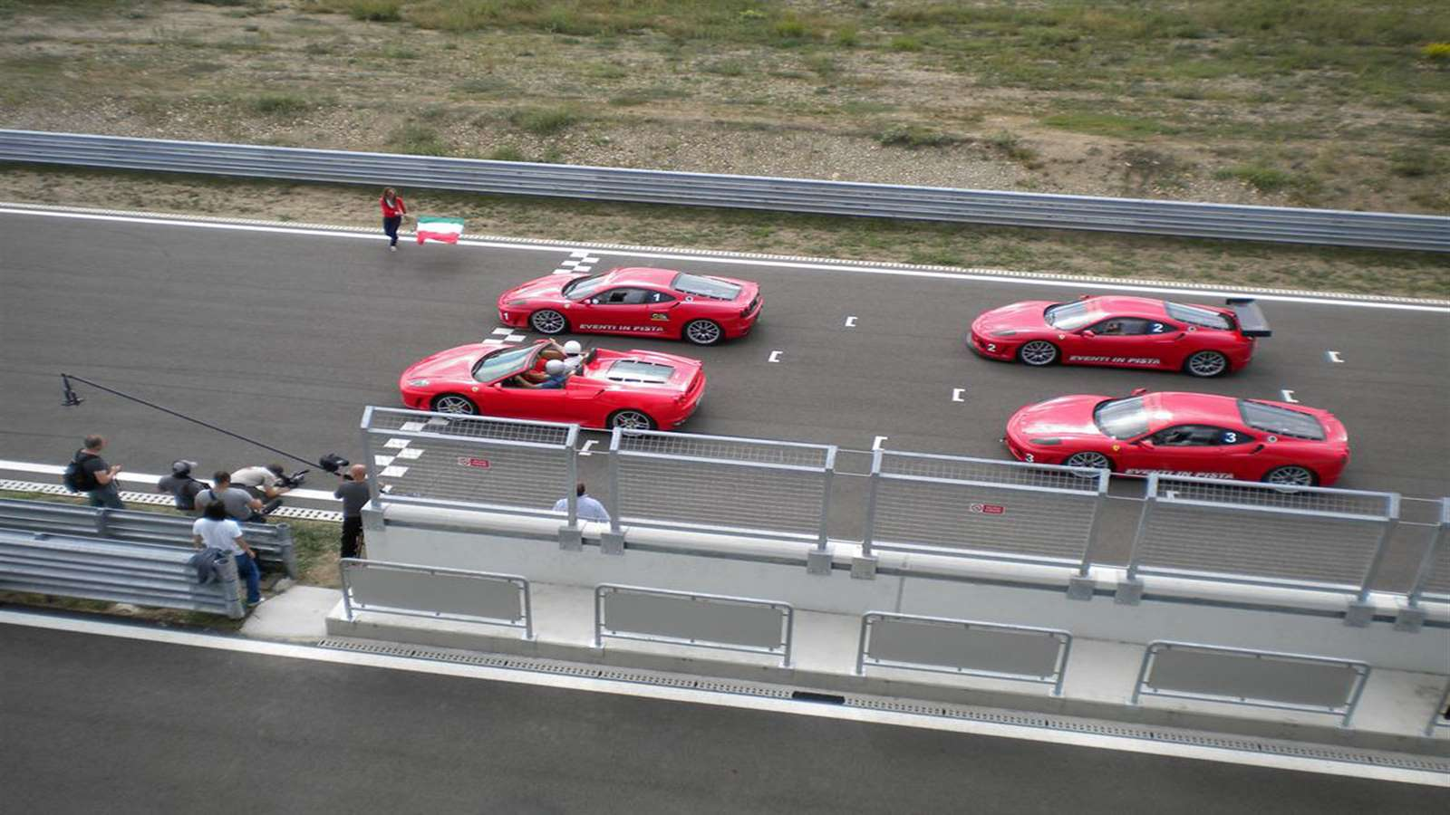 Ferrari in pista team building